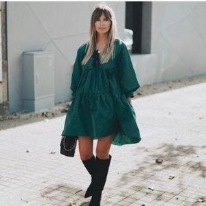 NEW Emerald Green Taffeta Tiered VNeck Dress Small